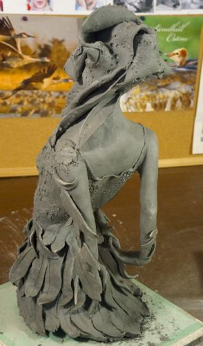 ceramic figurative sculpture